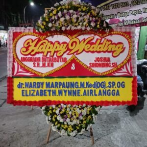 Ucapan Happy Wedding dengan Bunga